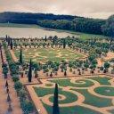 mani/pedi lawn of Versailles