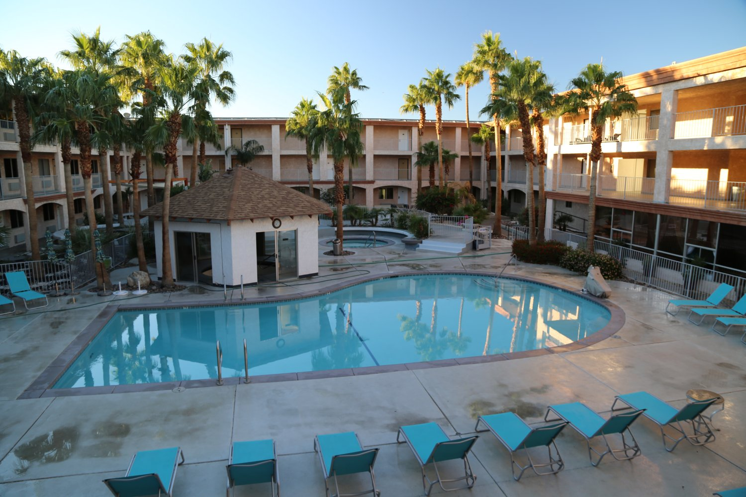 Aqua Soleil Hotel And Mineral Water Spa Is Located In North Palm Springs At 14500 Drive About 25 Minutes From Downtown