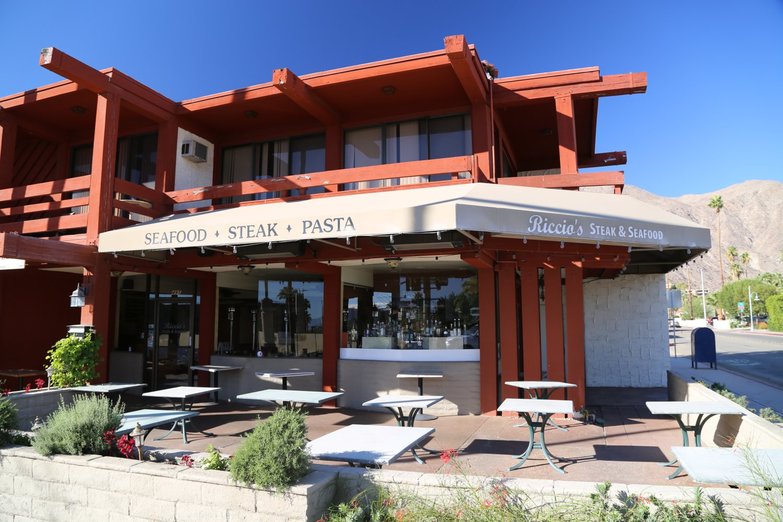 Guides Palm Springs Ca Restaurants Dave S Travel Corner