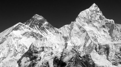 everest-nepal-grey