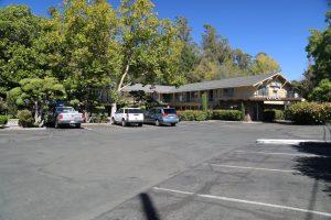 Hillside-Inn-Santa-Rosa (2)