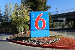 Motel-6-North-Santa-Rosa (1)