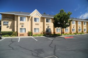 Quality-Inn-Suites-Santa-Rosa (2)