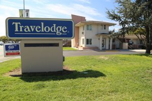 Travelodge-Santa-Rosa (1)