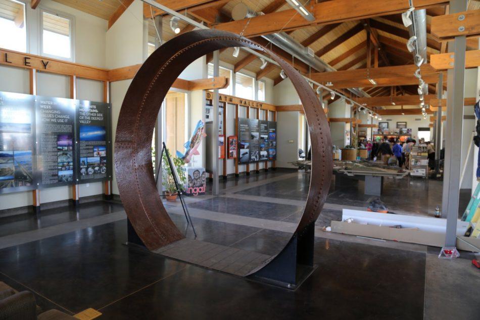 Guides - Mt. Whitney, CA - Lone Pine - Dave's Travel Corner