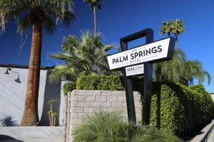 palm-springs-hotel