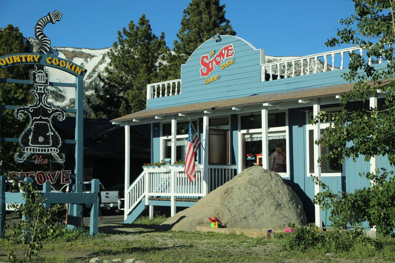 Guides Mammoth Ca Restaurants Daves Travel Corner