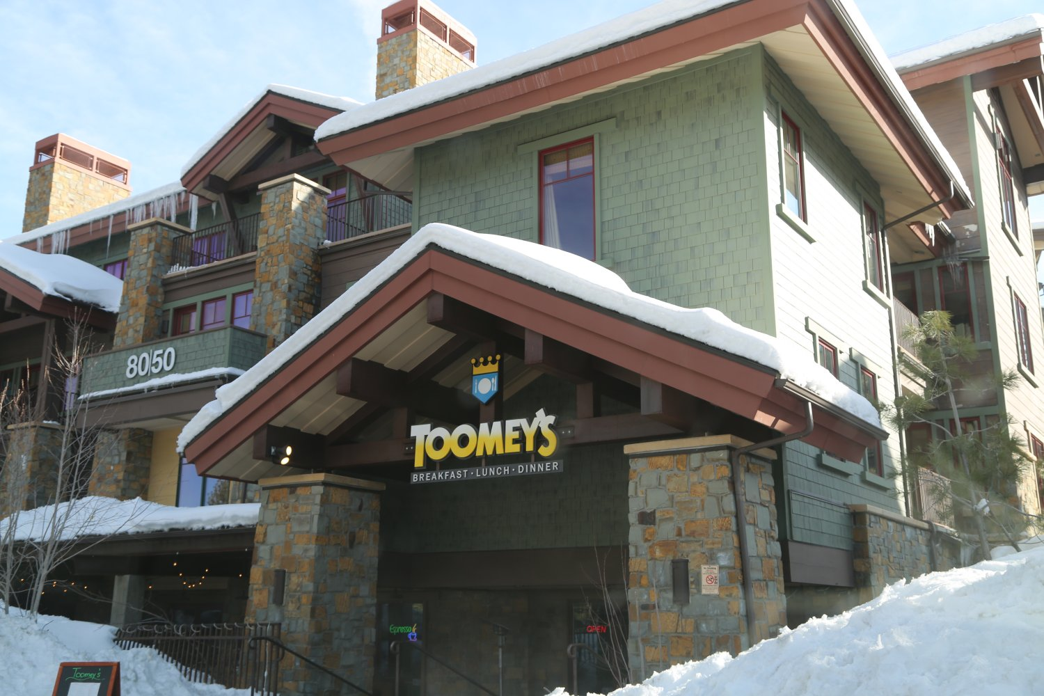 Toomey S Is Located In The Village At Mammoth Lakes Address 6085 Minaret Rd Founded 2002 By Matt A Chef Who Used To Make Sandwiches