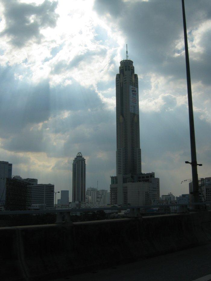 Guides - Bangkok, Thailand - Lodging - Daves Travel Corner