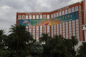 treasure-island-las-vegas-1