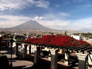 Arequipa-El-Misti-Lookout (1)