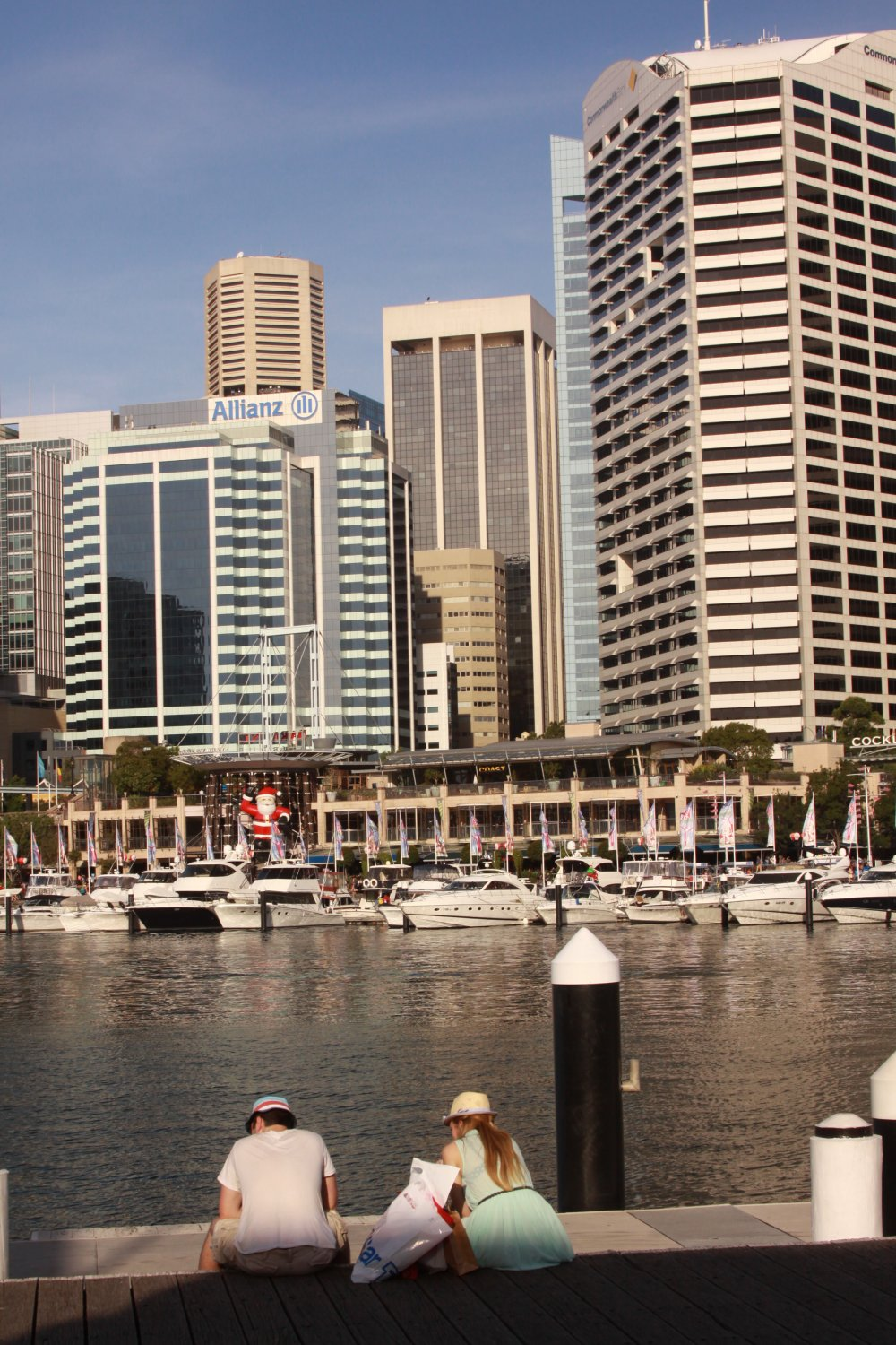 Looking for luxury hotels for less in australia for Luxury hotel for less