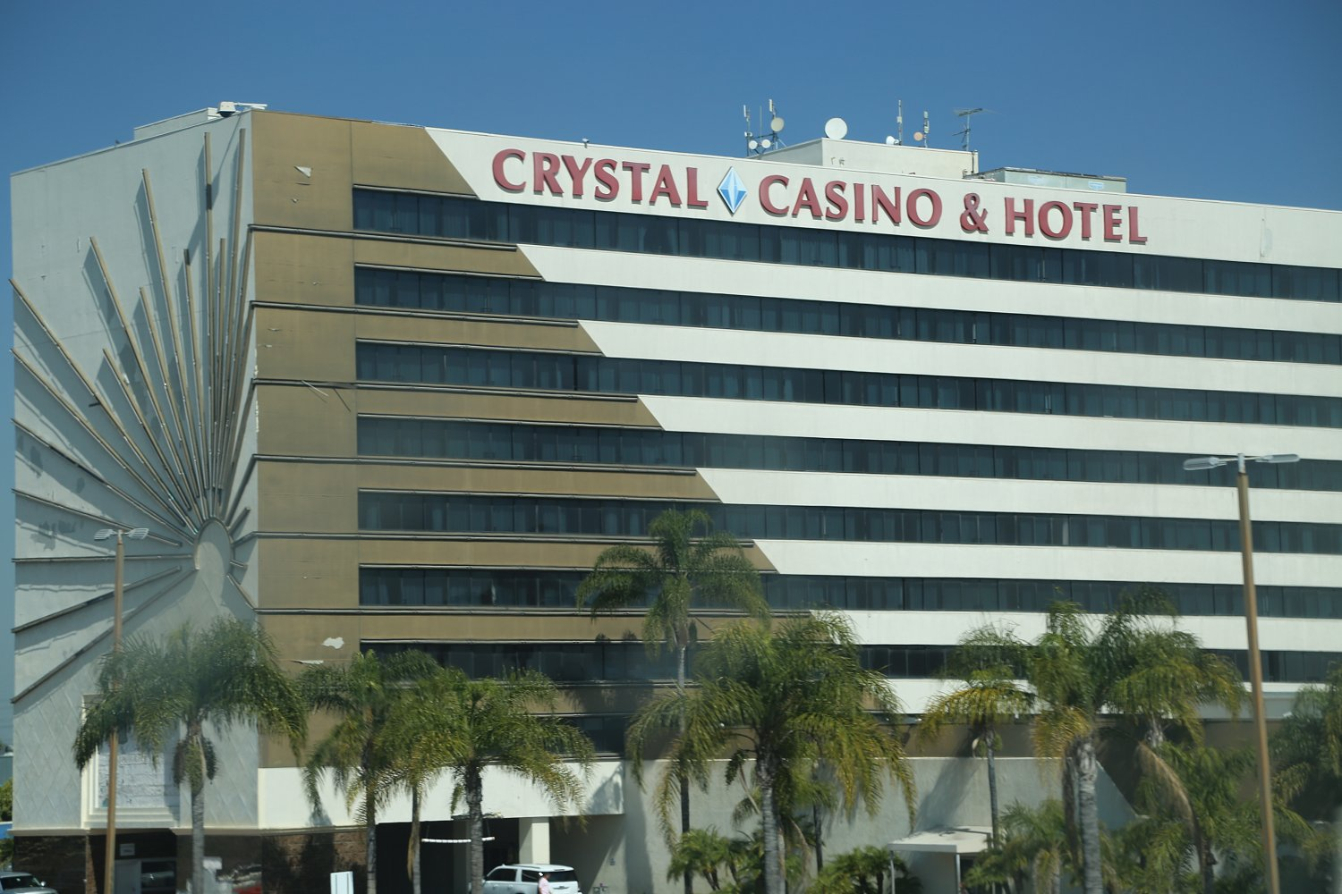 Closest casino to los angeles with slot machines