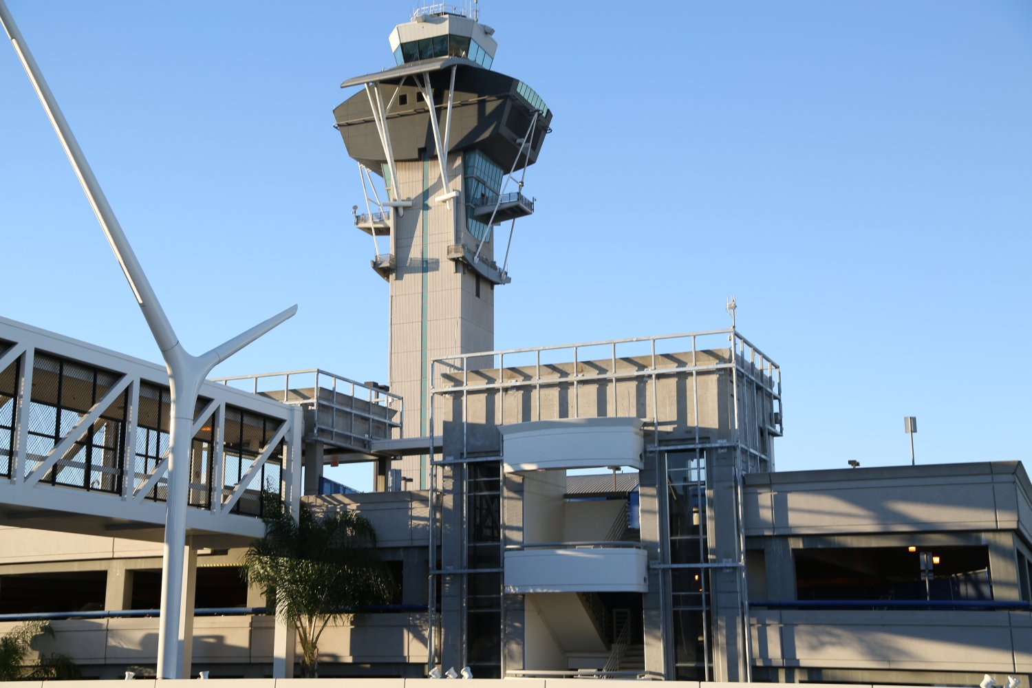 Los Angeles  CA   AirportsLos Angeles Airports. Restaurants Near Lax Airport. Home Design Ideas