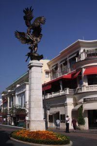 Restaurants Around Long Beach Towne Center