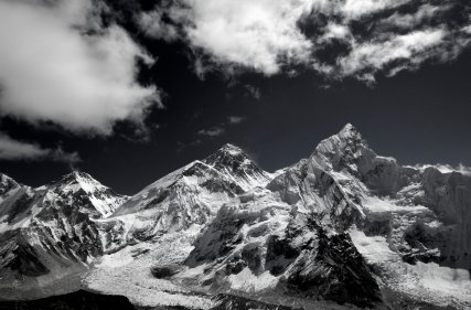 Himalayas-Nepal-BW everest
