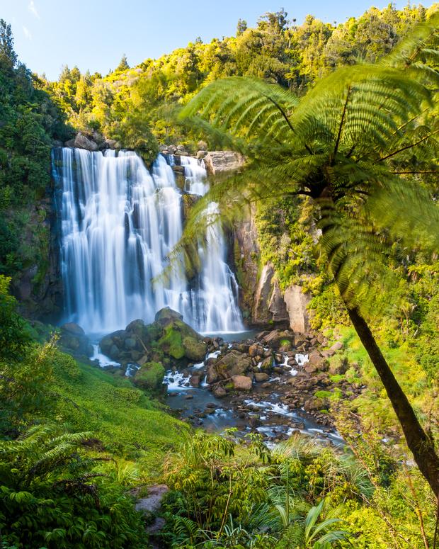 Marakopa Falls