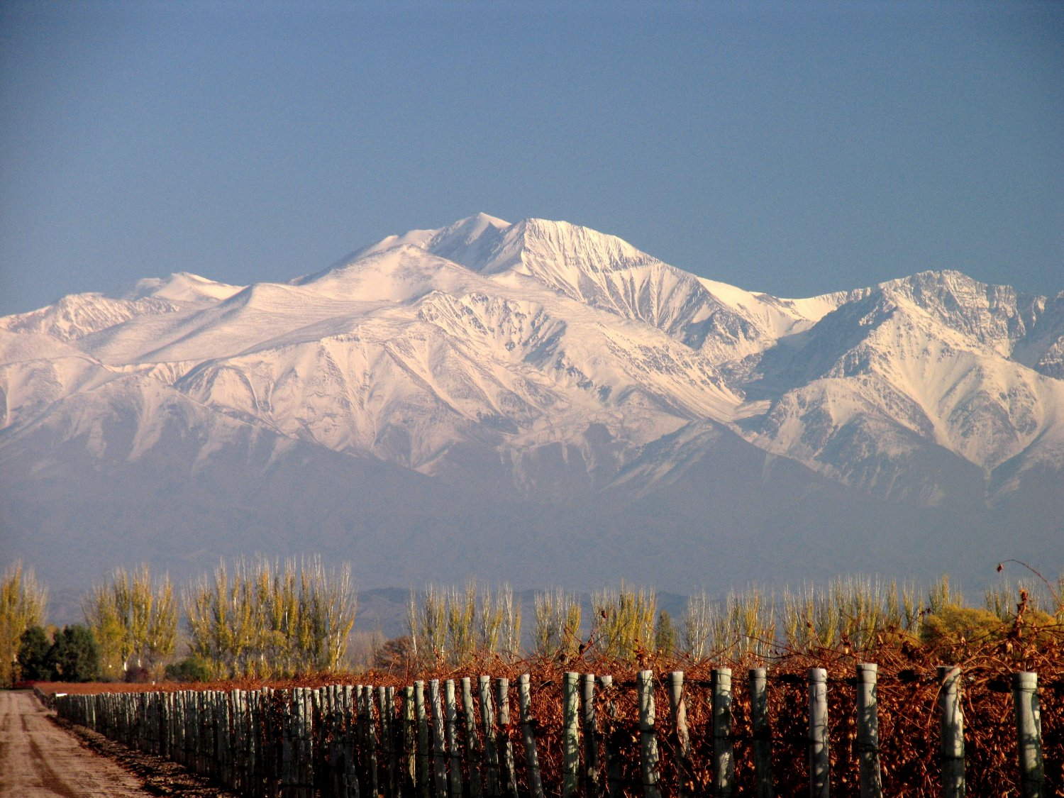 Travel guide and tourist information of mendoza (argentina) tangol.