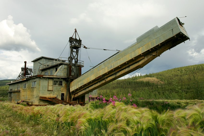chicken-alaska-gold-dredge