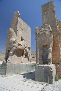 iran-shiraz-persepolis-necropolis (41)