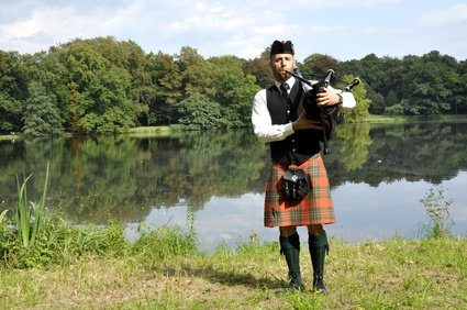 wales-bagpipes