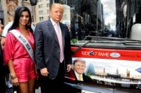 "Donald Trump Honored in Gray Line New York's ""Ride of Fame"" Campaign"