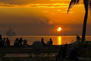 Manila-Bay-Sunset-Baywalk-Roy-Cruz