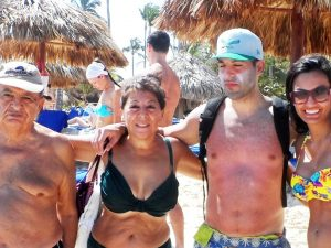 DR-Punta Cana-Mazin, Muna, Margarita on beach