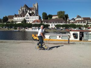 Trying the Italian mini bike in Auxerre