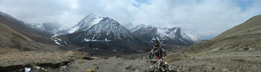 Panorama from a false summit at 15,420', still 600' below Nyile La.