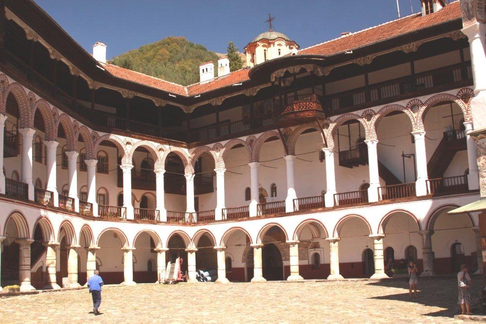 rila-monastery-courtyard