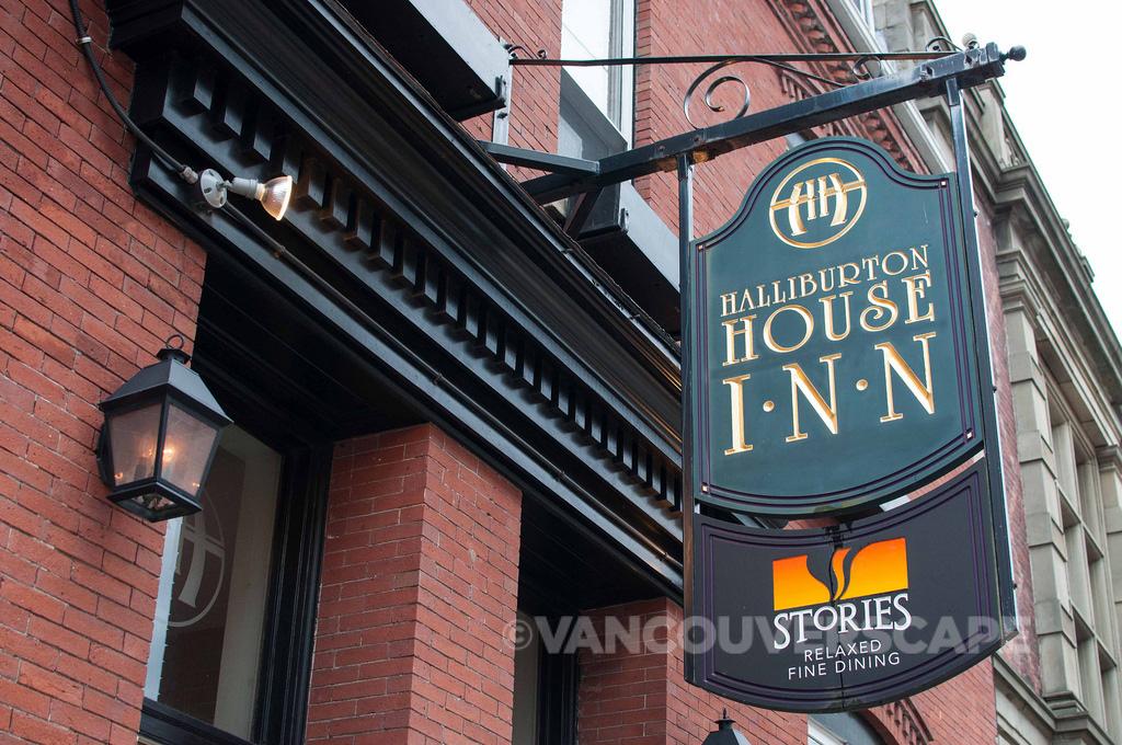 Halliburton House Inn signage, Halifax