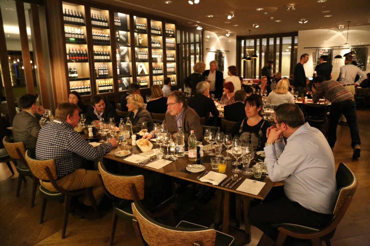 Wine writers and industry leaders - dinner in the Kempinski Hotel