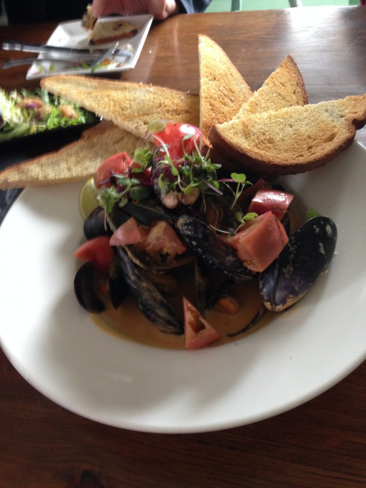 Mussels at R10