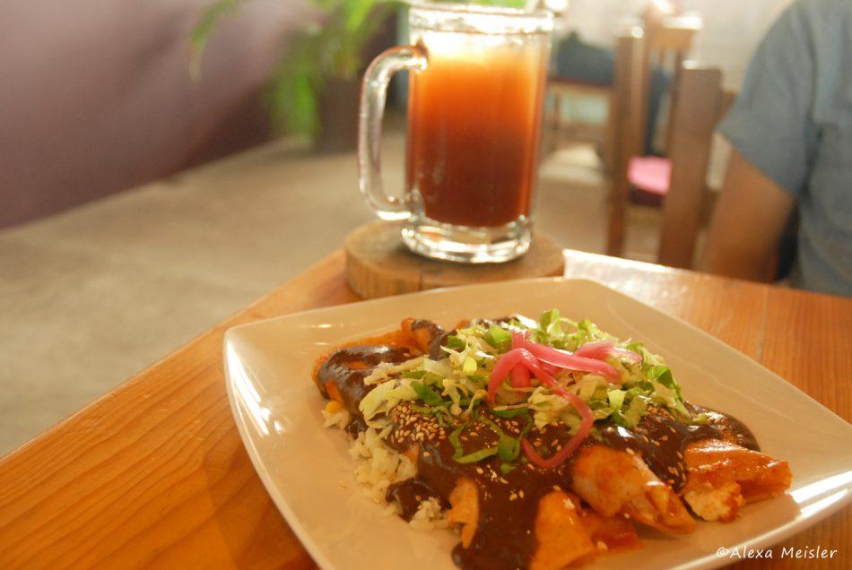 enchiladas-mole-La-Mazatleca-mazatlan-mexico