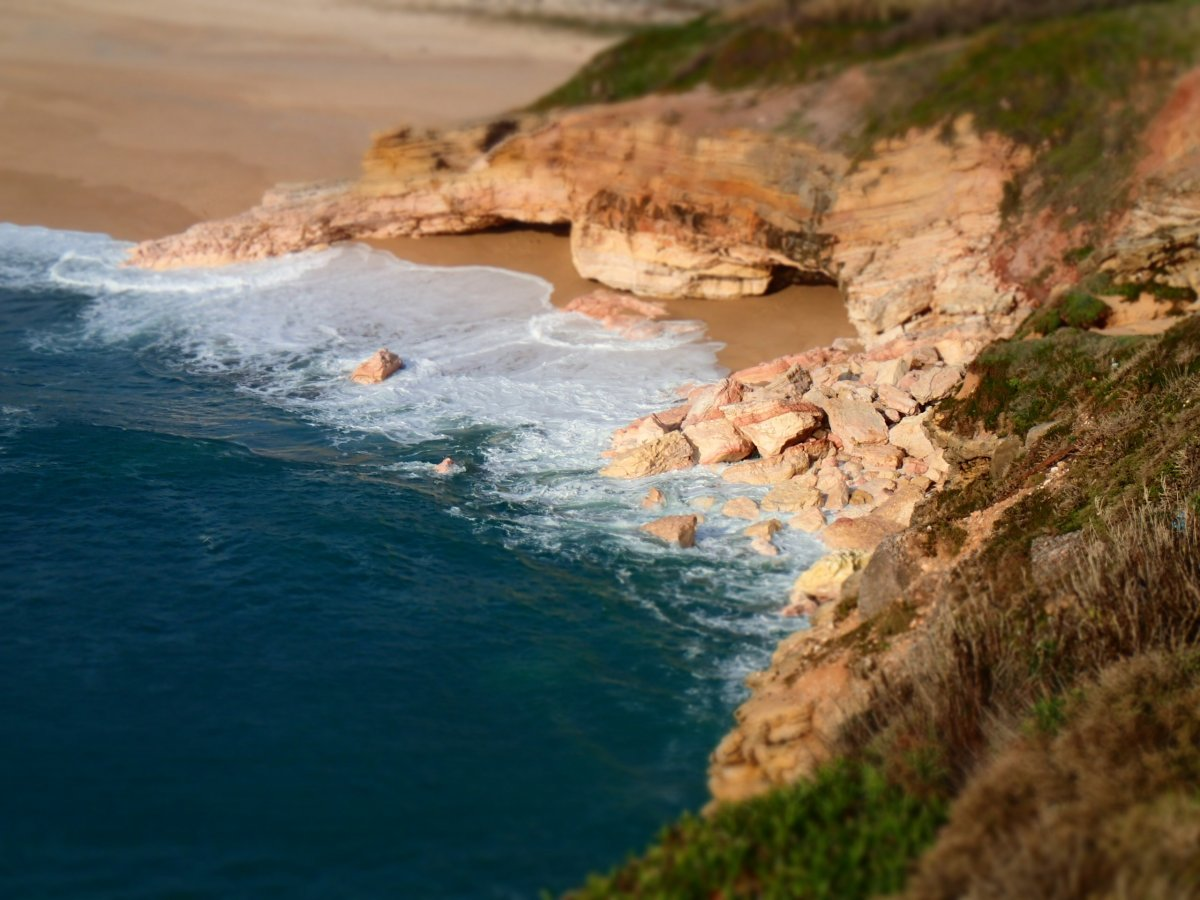 cove-near-nazare