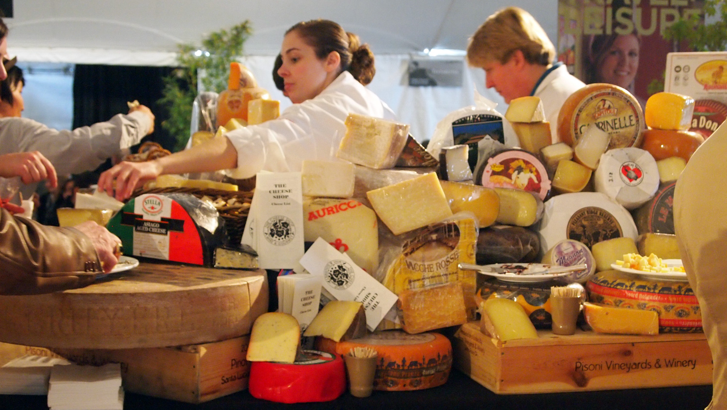 PBFW12_CheeseShop
