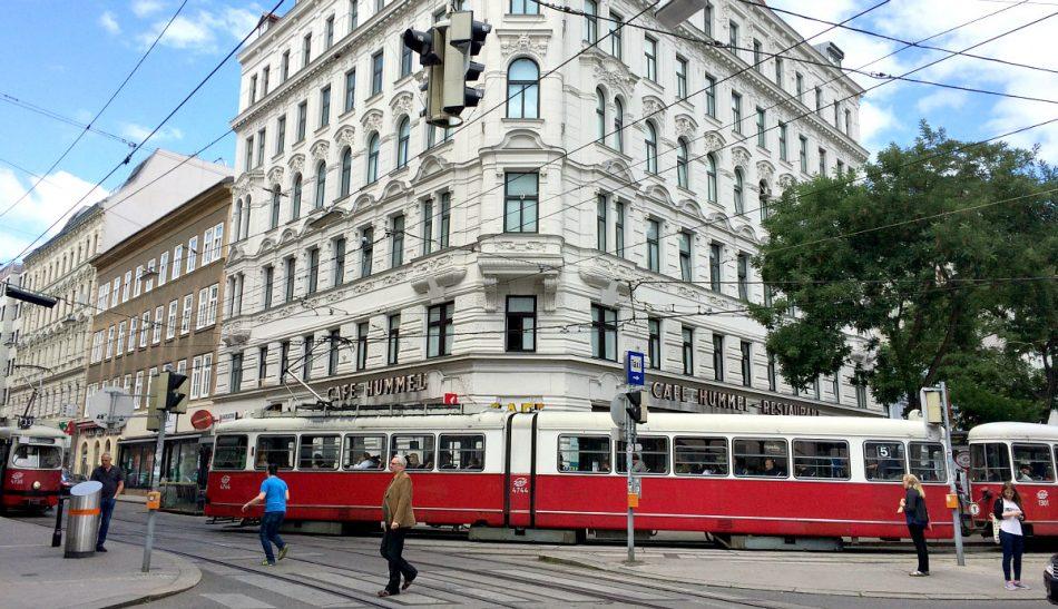 Vienna's Josefstadt and Neubau: Josefstaedter Strasse