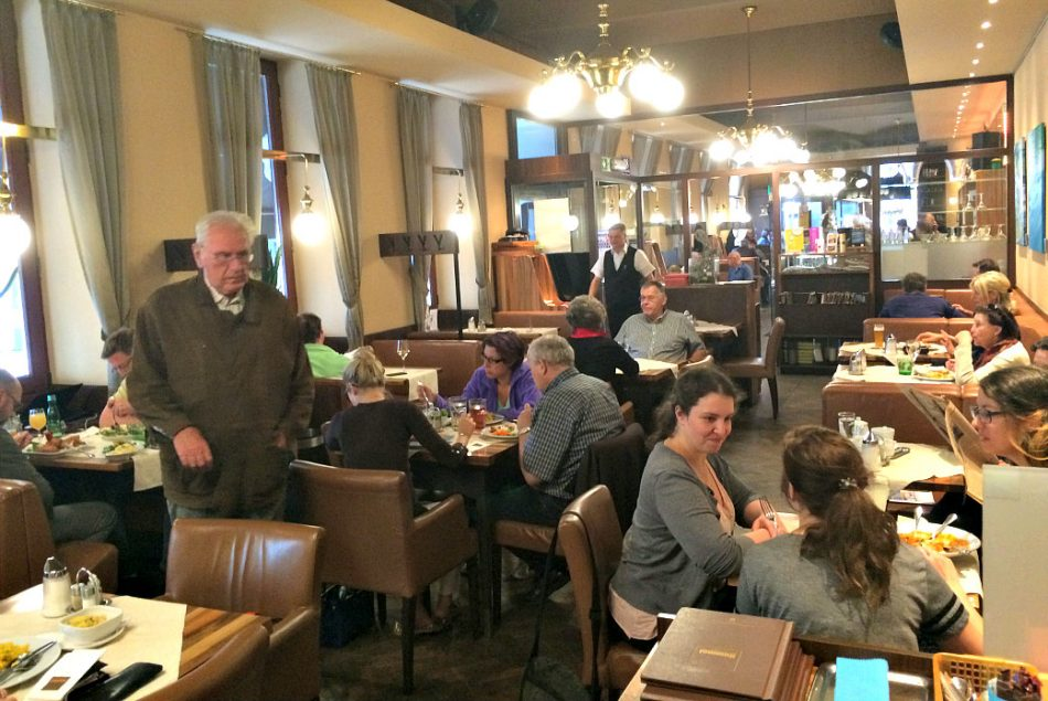 Vienna's Josefstadt and Neubau: Cafe Hummel