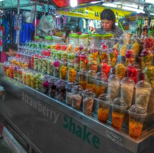 smoothie vendor at Chiang Mai Night Bazaar