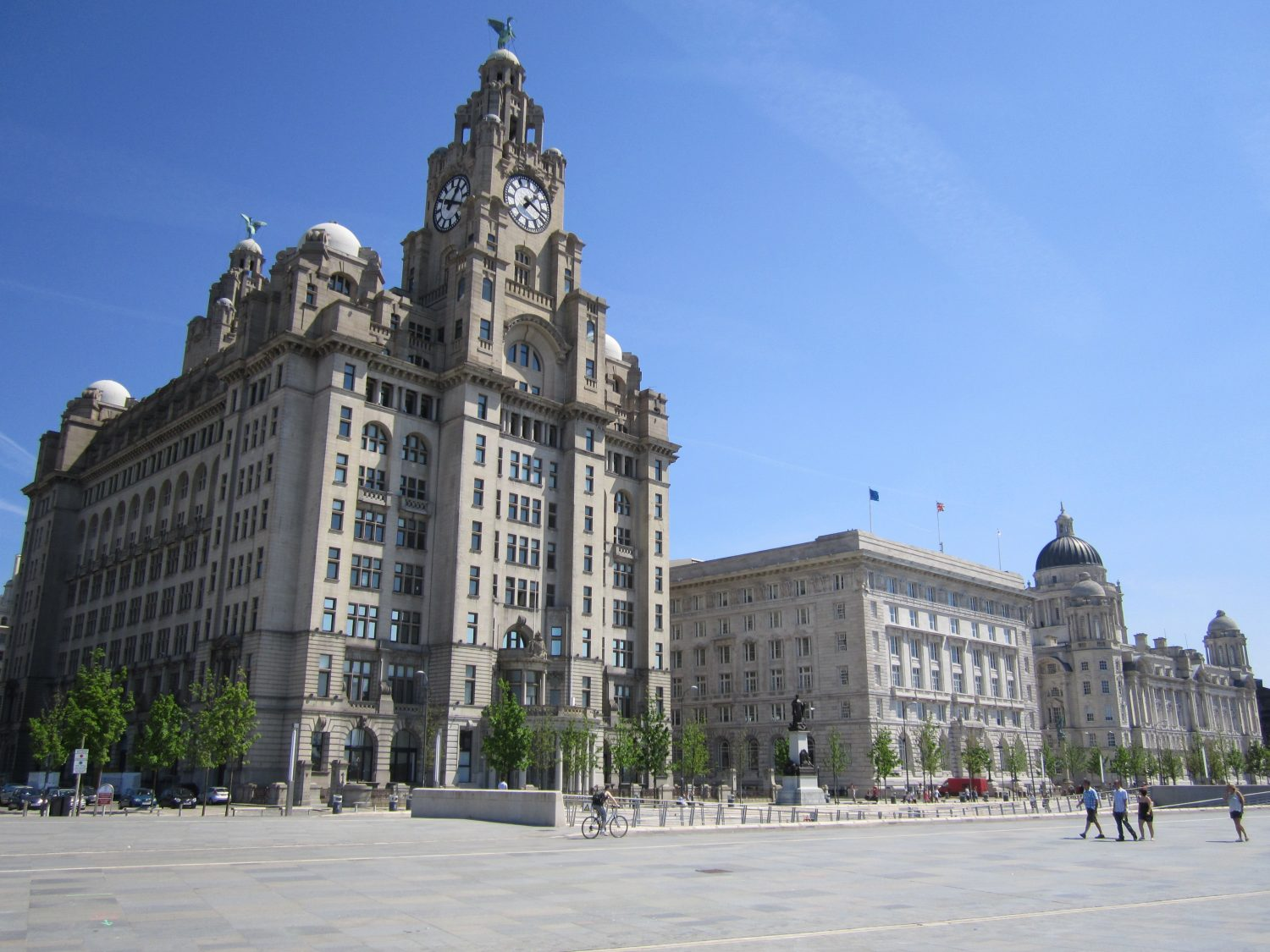 The_Three_Graces,_Liverpool_-_2012-05-27
