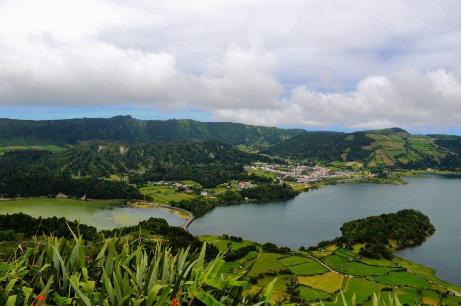 azores-mountains
