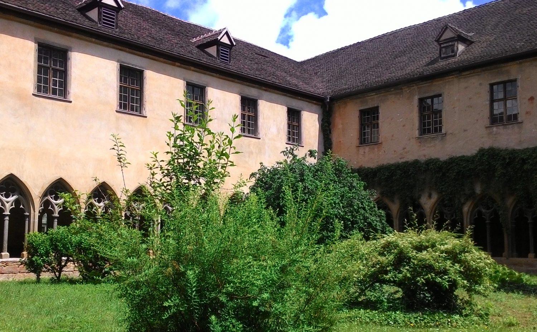 colmar-courtyard-e1477085225763