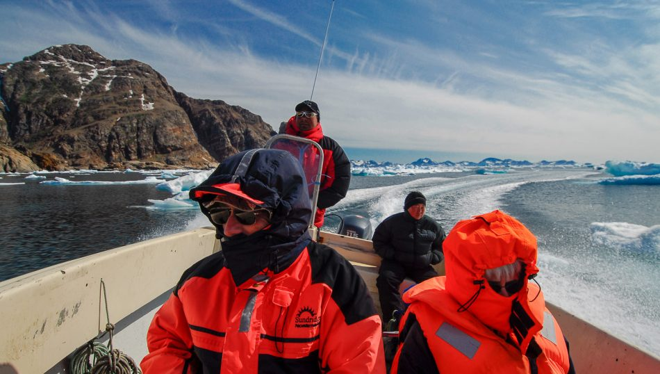 seal-hunter-speedboat-greenland