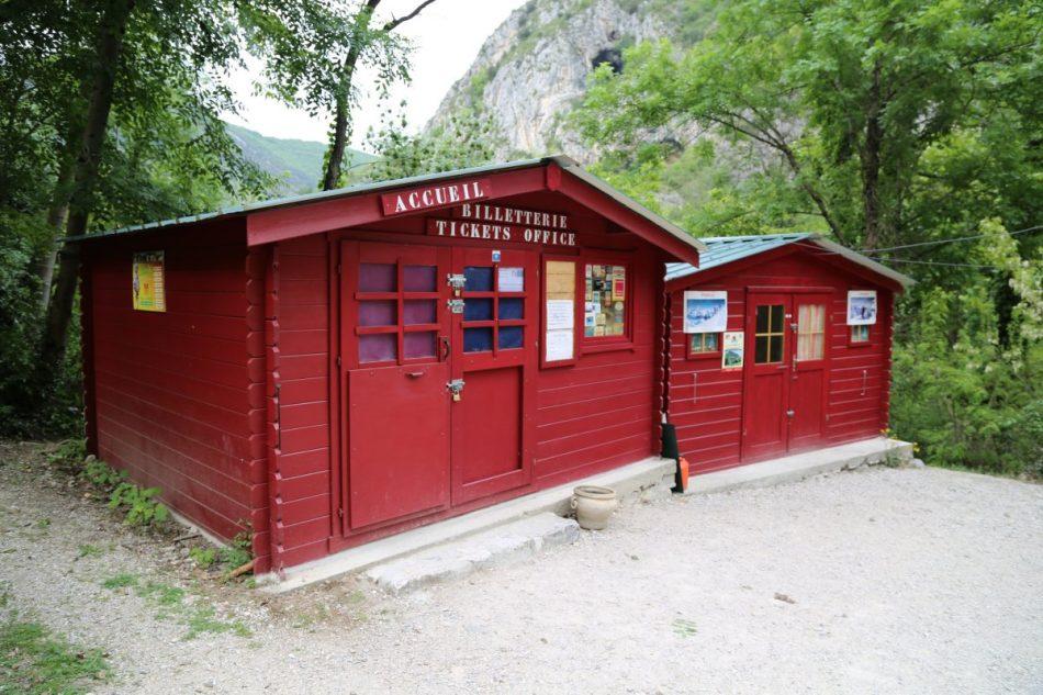 Lombrives-Cave (3)