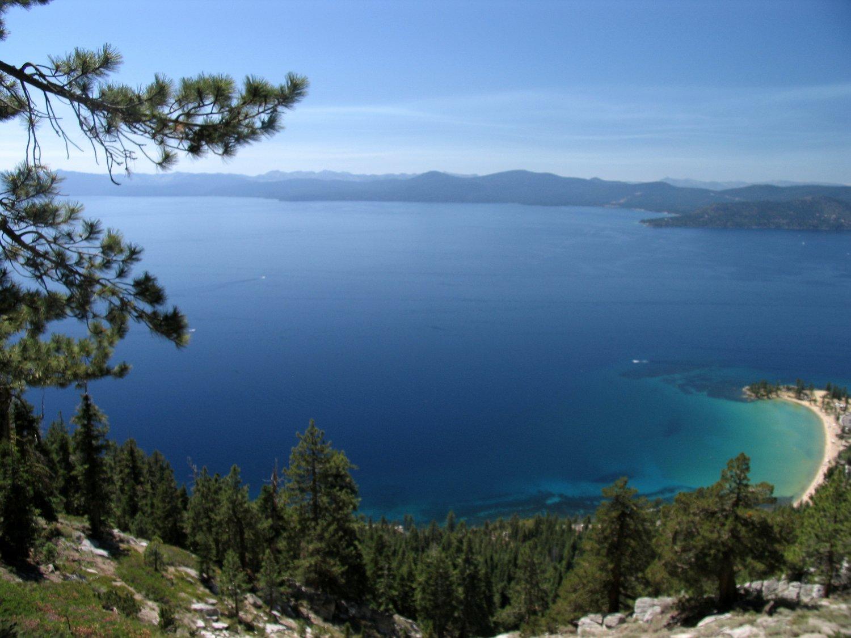 Lake-Tahoe-Flume-Trail