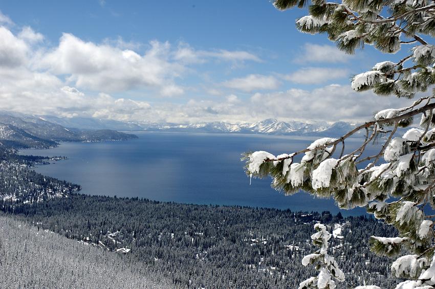 lake tahoe snowfall