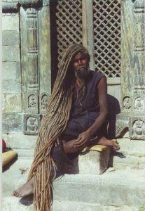 katmandu-man-long-hair