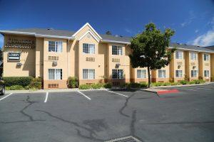 Quality-Inn-Suites-Santa-Rosa (2)