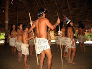 Boras-Iquitos-Dancing